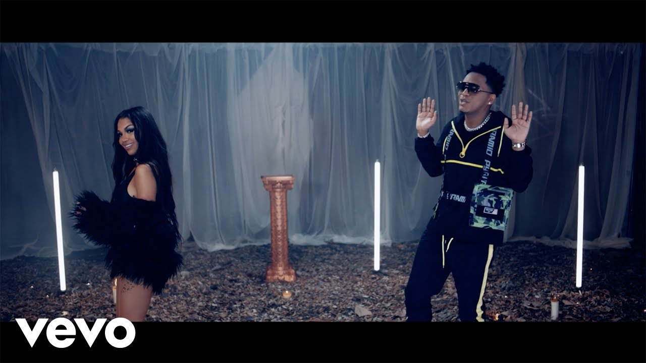 Eddy Lover – Aire (Chao que te vi) (Video Oficial) ft. Anyuri